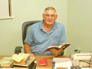 Pastor Joe Bishop